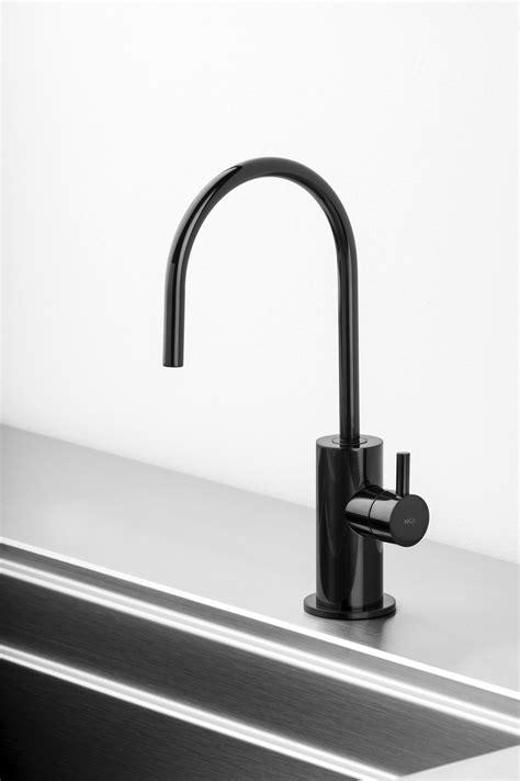 spin fw filtered water tap  black onyx keuken
