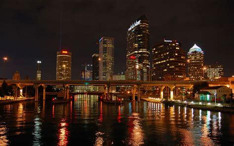 dimensions    fonds decran villes de nuit