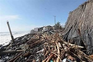 File:Damage from Hurricane Patricia 2015 in Colima, Mexico ...