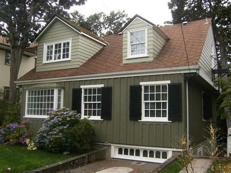 exterior paint ideas with brown roof home exteriors
