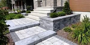 les 25 meilleures idees de la categorie amenagement With superior amenagement jardin avec galets 1 amenagement paysager avec terrasse en bois composite