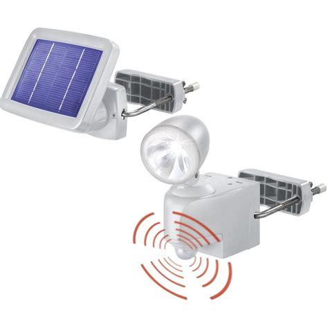 spot solaire avec d 233 tecteur de mouvements esotec power light blanc froid gris sur le site