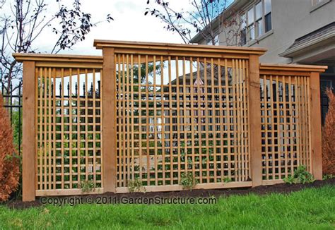 Backyard Privacy Screens Trellis by Backyard Privacy Screen Ideas Marceladick