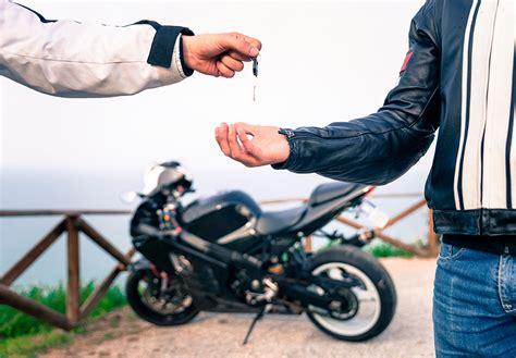 Modelo de contrato y papeles para compra/venta de moto