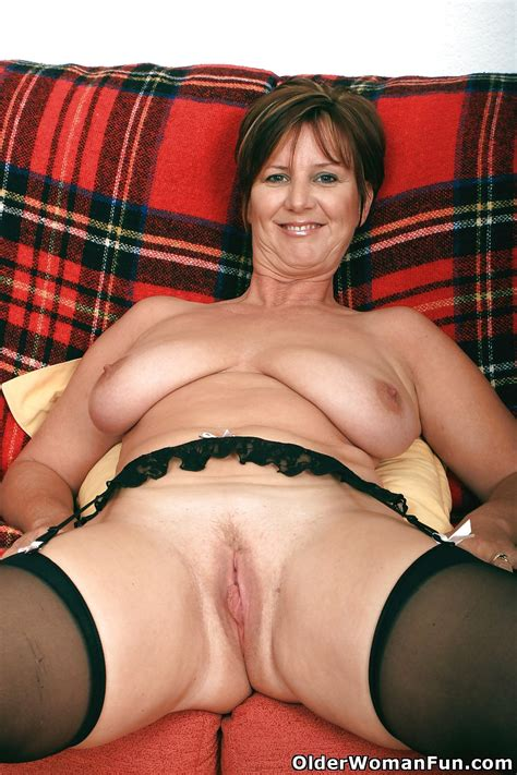 Hot Mature Pictures British Granny Joy From Olderwomanfun