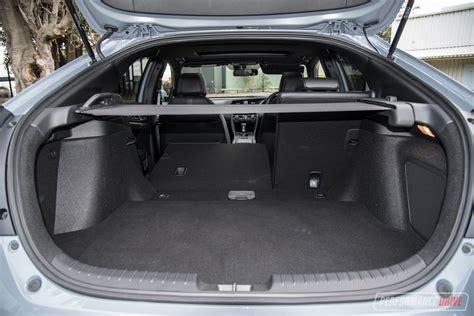 Hatchback Cargo Space Comparison by 2017 Hyundai I30 Sr Vs Honda Civic Rs Warm Hatch
