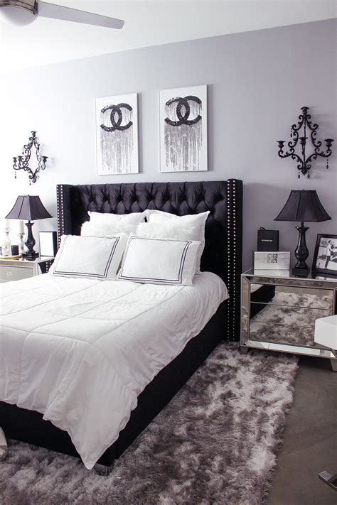 Master Bedroom Decor Black And White by Black White Bedroom Decor Reveal Home Decor Ideas