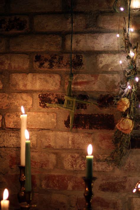 hearthside imbolc altar  brigids cross coloring