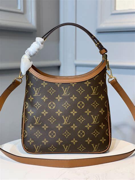 louis vuitton hobo dauphine pm aaa handbag