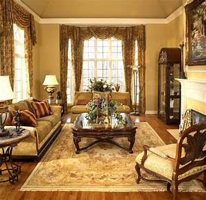 Old, World, Elegance, -, Traditional, -, Living, Room, -, Detroit