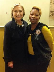 Hillary Clinton Meets Mothers of Michael Brown and Trayvon ...