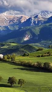 Mk94-mountain-summer-green-nature-peace