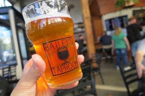 オレゴン州ポートランド「bailey's Taproom」でビールを飲んできた。 毎日ビールjp