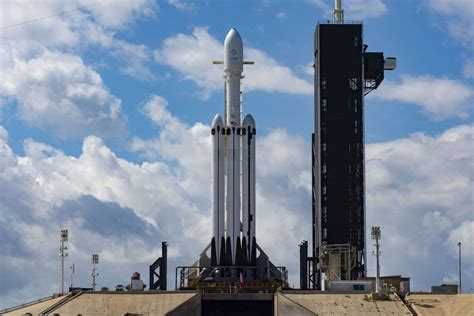 spacex postpones falcon heavy launch due  high winds space