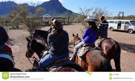 riding horseback arizona ride way editorial usa hourse visitors february enjoy beauty horse
