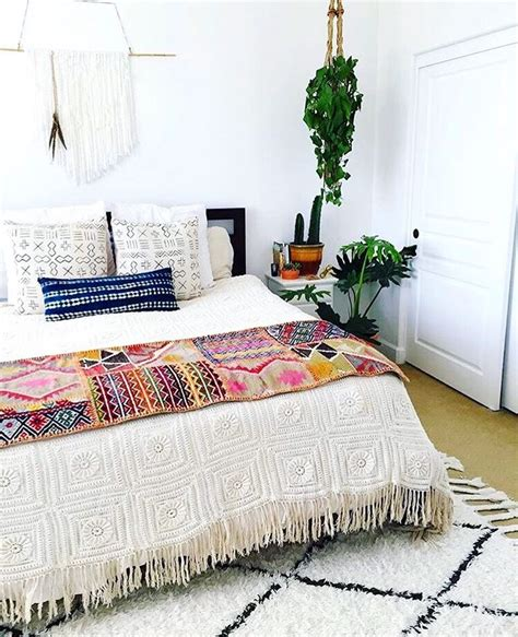 boho bedroom ideas 20 tips to turn your bedroom into a bohemian paradise White