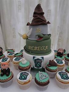 harry potter slytherin cake and cupcakes harry potter