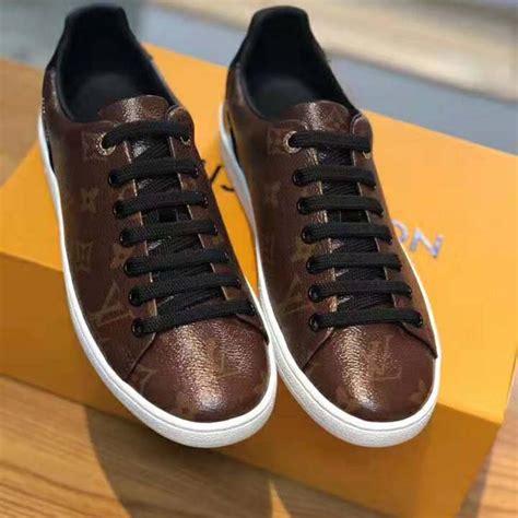 louis vuitton lv women frontrow sneaker  patent monogram