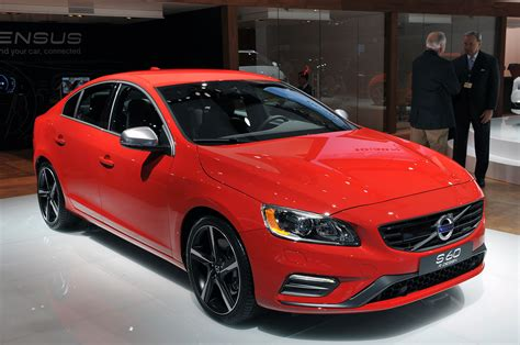 2018 Volvo S60 R Design New York 2018 Photo Gallery