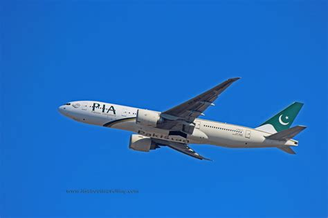 ap bgz pakistan international airlines boeing 777 200lr