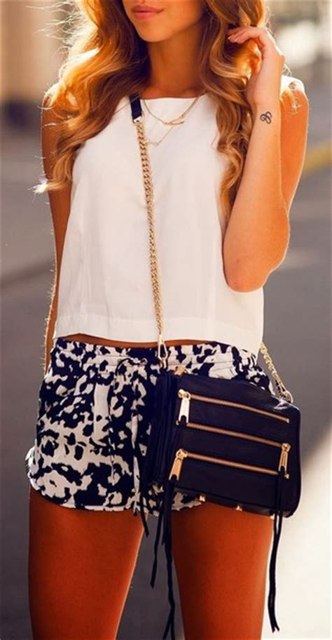 Summer outfits pinterest black and white crop tops bag shorts high waisted shorts white ...