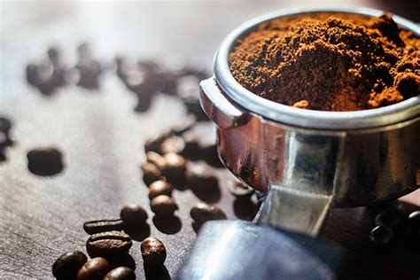 8 Surprising Ways To Use Coffee In Your Beauty Routine Logo Kabinet Coffee Works Nitro Wilmington Nc Ibih Blueberry Cake Winnipeg On Mug Fort Strip Mate Png