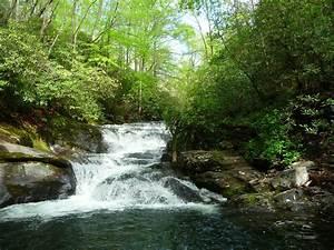 Hike to Waterfa... Waterfall