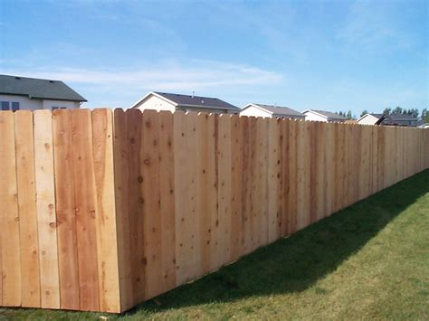 Fencing Options To Spruce Up Your Home's Exterior