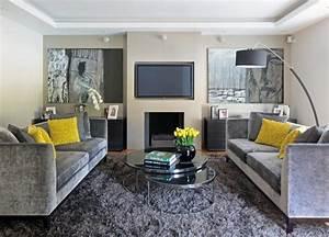 decoration interieur invitez le jaune et le gris dans l With tapis jaune avec canape charme d interieur