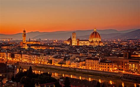 Florence the Natural Beauty of Italy - Gets Ready
