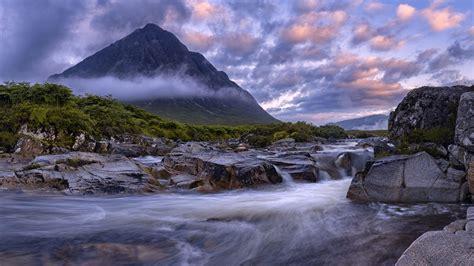 buachaille etive mor glencoe scotland view   river