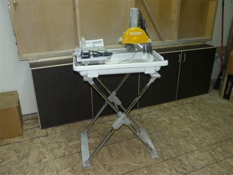 Workforce Tile Saw Blade by Tile Saw 7 Quot Workforce With Folding Stand And