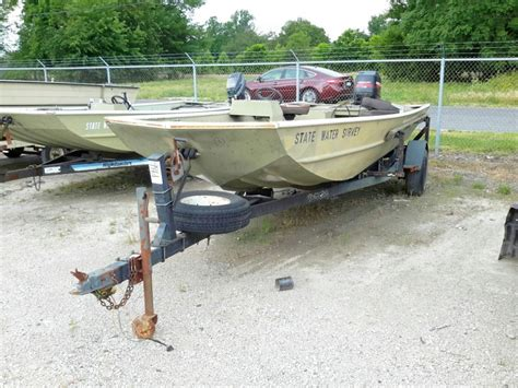 Lowe Boat Trailer by Ibid Lot 9861 Yacht Club Boat Trailer Lowe Boat