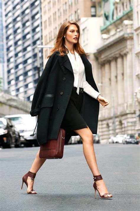 A Well Dressed Business Woman  !°• Creative Fashion