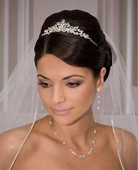 the 25 ideas about wedding tiara veil on