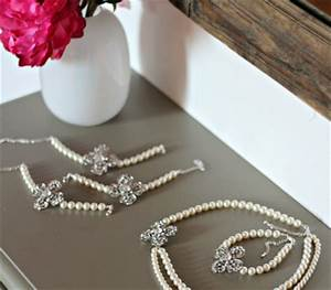 tout savoir de la location de bijoux de mariage made in With parure de bijoux mariage