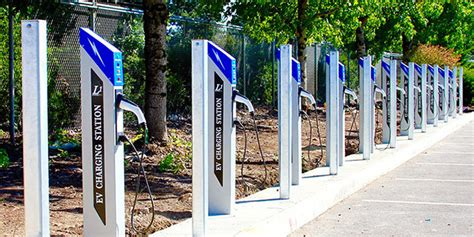charged evs portland airport installs  telefonix level  ev charging stations