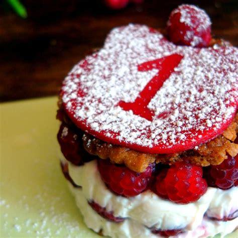 recettes cuisine minceur recette de gâteau d 39 anniversaire pour bébé de 1 an mon premier framboisier magicmaman com