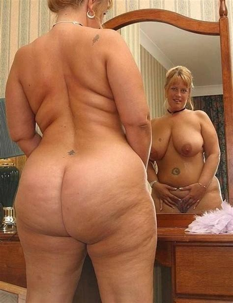 Mature porn pictures - Busty mature ladies with wide hips and..
