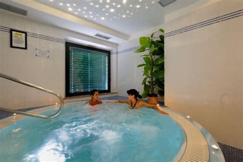 Il Gabbiano Giulianova - hotel centro benessere villa fiorita farm