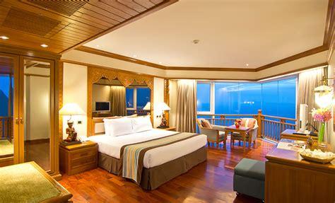Royal Cliff Beach Hotel Pattaya Luxury Beach Thailand