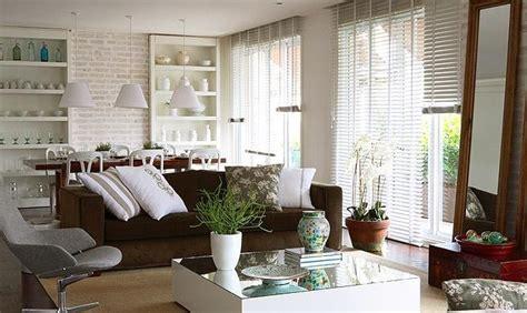 parede verde sofá marrom decora 231 227 o e projetos decora 199 195 o de salas sof 193 marrom