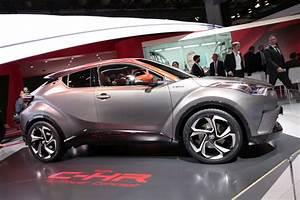 Nouvelle Toyota Chr : toyota c hr hy power un c hr hybride plus puissant pour 2018 photo 1 l 39 argus ~ Medecine-chirurgie-esthetiques.com Avis de Voitures