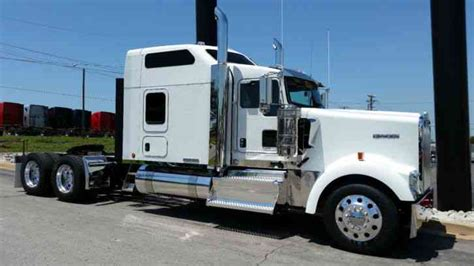 kenworth trucks 2016 kenworth icon 900 2016 sleeper semi trucks
