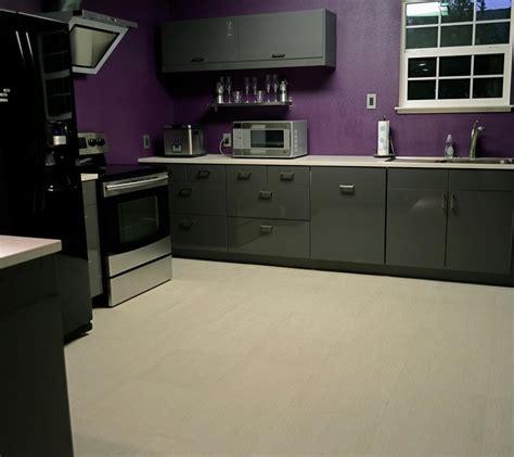 cuisine laque noir cuisine laque meuble cuisine polymere ou laque