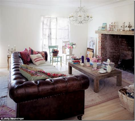 Chesterfield Sofa In Living Room by 1000 Images About Living Room Ideas With Chesterfield