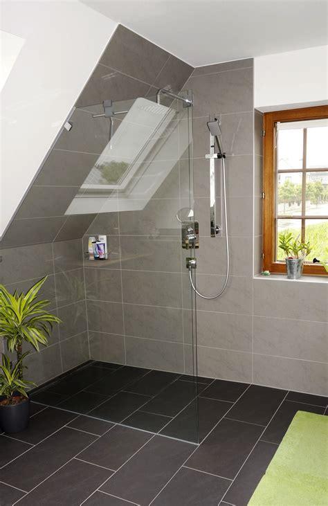 graues badezimmer mit maritimem touch  potsdam