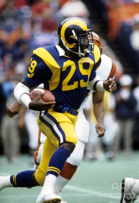 eric dickerson running  los angeles rams dickerson