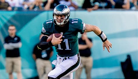 eagles wake  call carson wentz  learning  russell