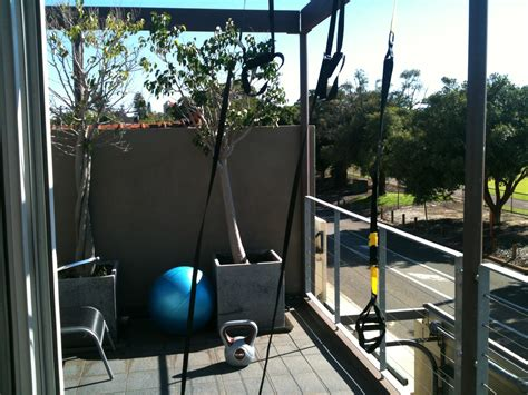 balcony gym workout easy